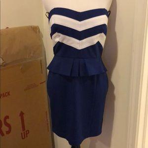 XXI large strapless dress